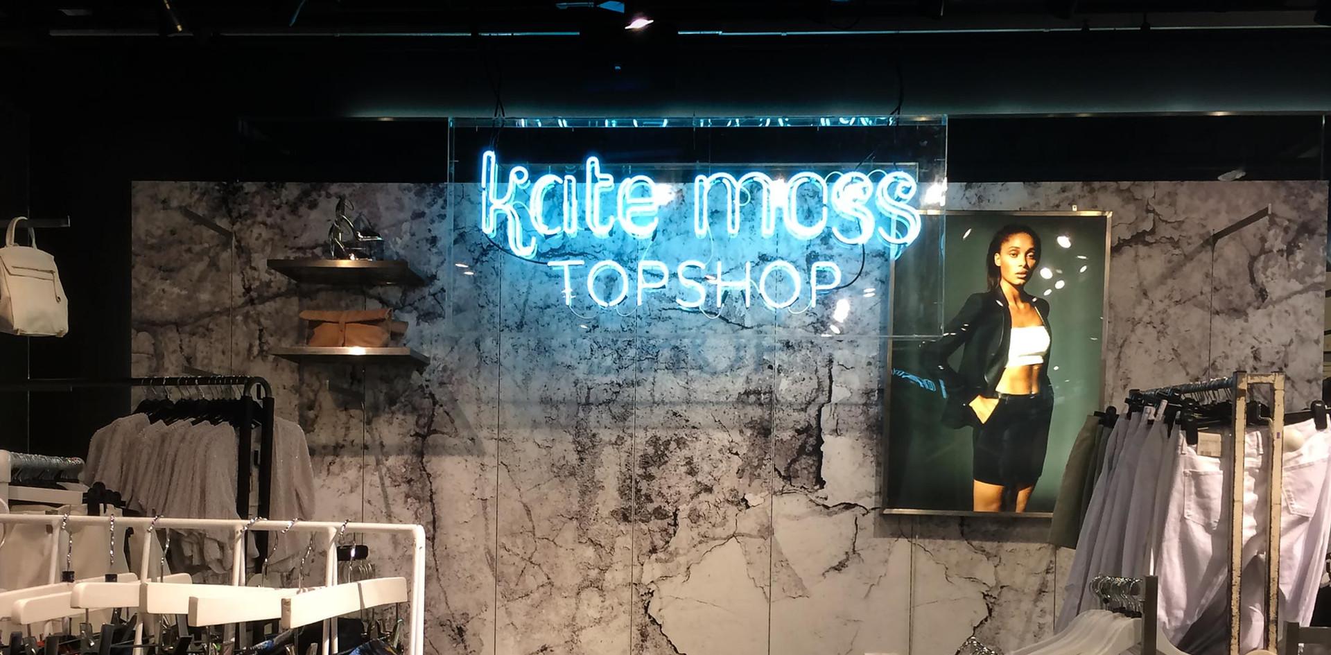 NIS-Signs-Kate-Moss-Neon.jpg