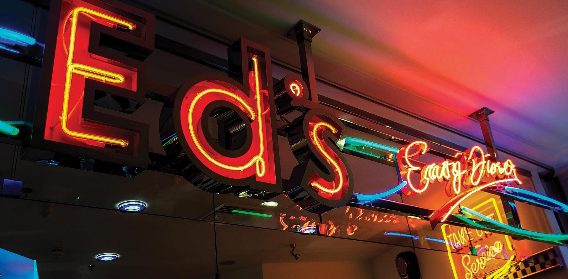 NIS-Signs-Eds-Diner.jpg