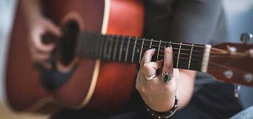 how-long-to-practice-guitar.jpg
