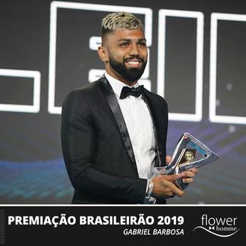 Gabriel Barbosa veste Flower Homme