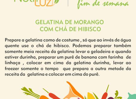 Gelatina de Morango com Chá de Hibisco