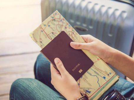 Pensando em viajar, o que devo providenciar primeiro?