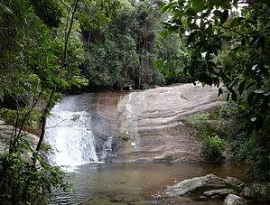 Cachoeira em Penedo.jpg