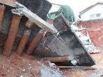 acidente na construcao queda de muro