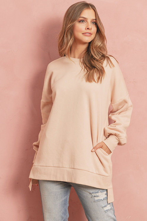 Long Sleeve Round Neck Hi-Low Hem Sweatshirts