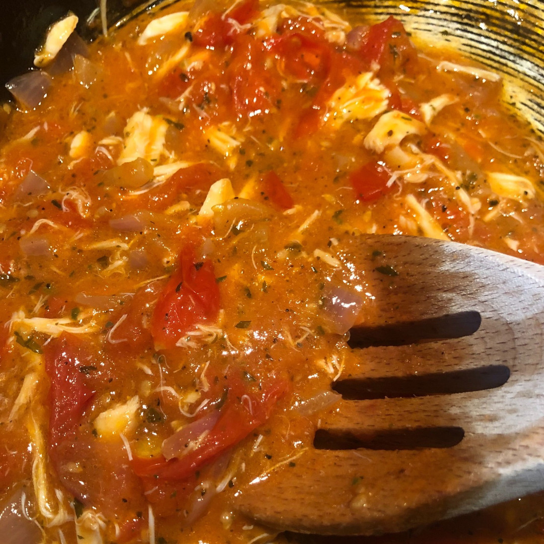 Fresh Tomato Sauce with Lump Crab Meat