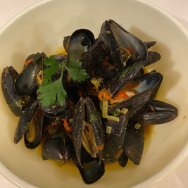 Coconut Curry Thai Style Mussles