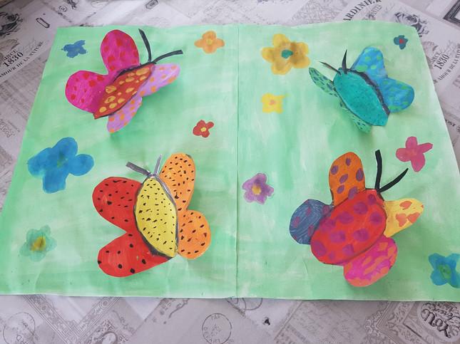 Pia Schmetterlinge.jpg