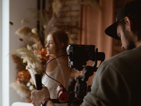 Dlaczego warto wybierać ofertę łączoną Fotografii i Filmowania w jednej firmie ??