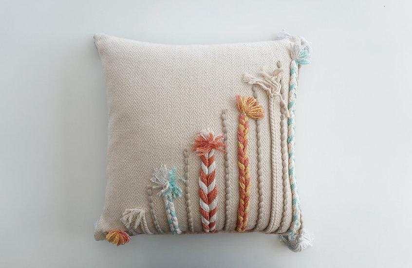 Gardenia Dori Cushion Cover