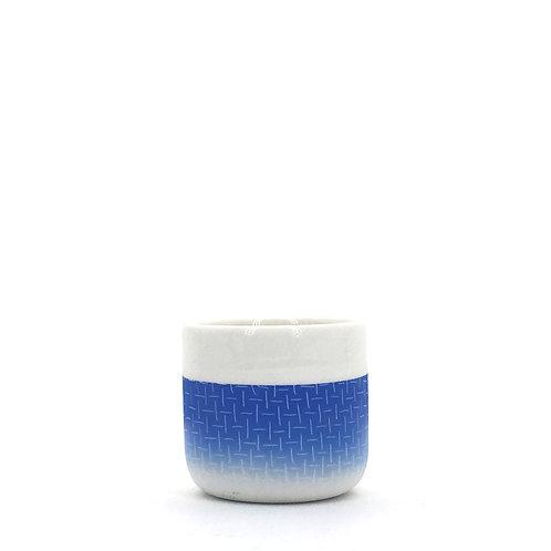 petite tasse bleue