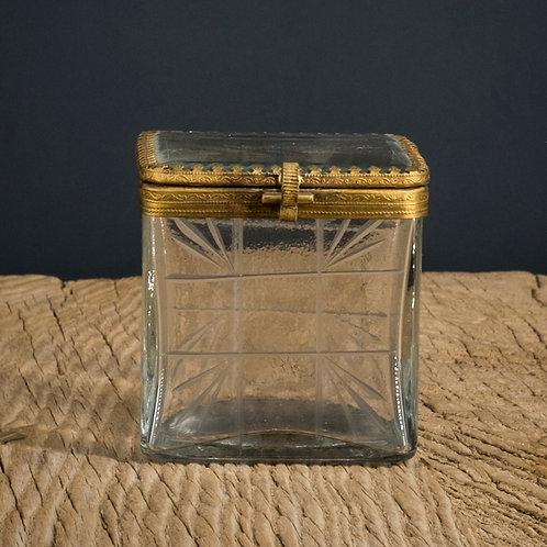Boîte en verre et laiton 2