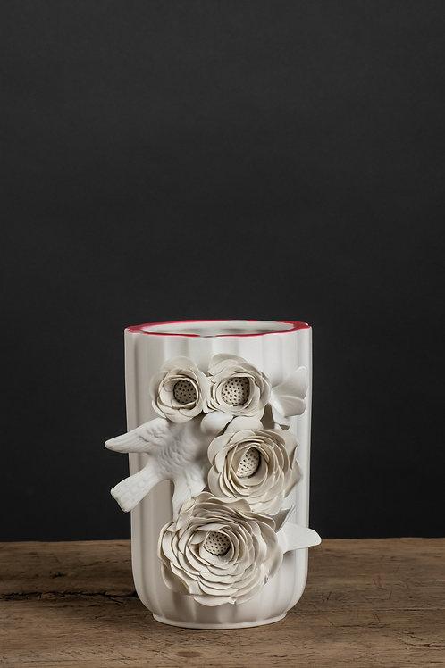 Les précieuses, vase