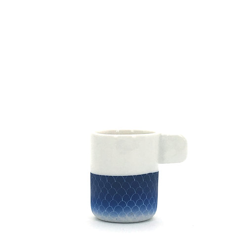 tasse expresso bleu foncé