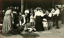 Immigrants at inspection station in Galveston, c.1910 (Rosenberg Library).jpg