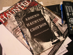 PHOTO 19 - THIS IS WHAT MY BF IS READING