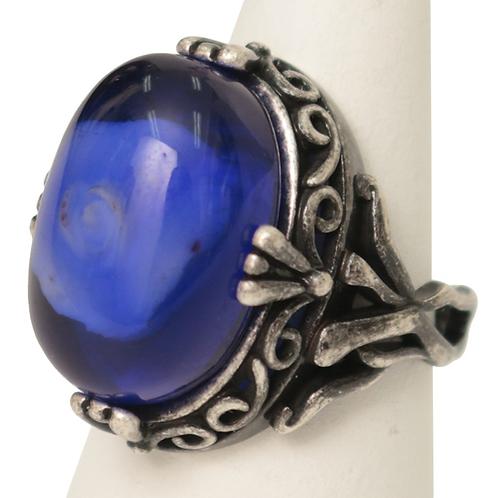 Moi-même-Moitié Rose Cabochon Ring