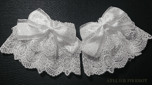 ATELIER PIERROT Rose Ribbon Lace Wristbands