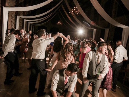 Top 5 songs to play at your wedding reception!!!