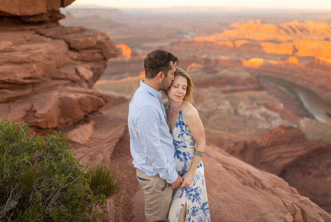 Engagement session Moab
