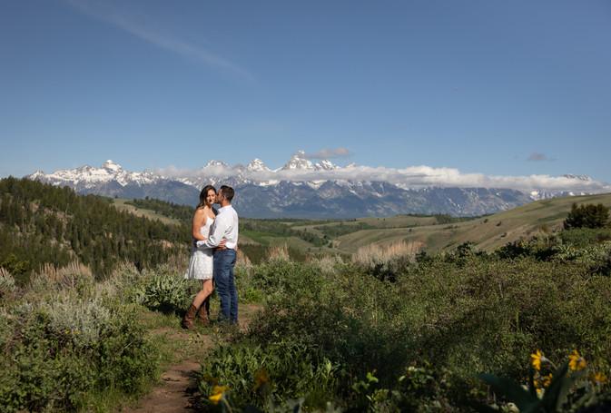engagement-photos-grand-tetons-national-park.jpg