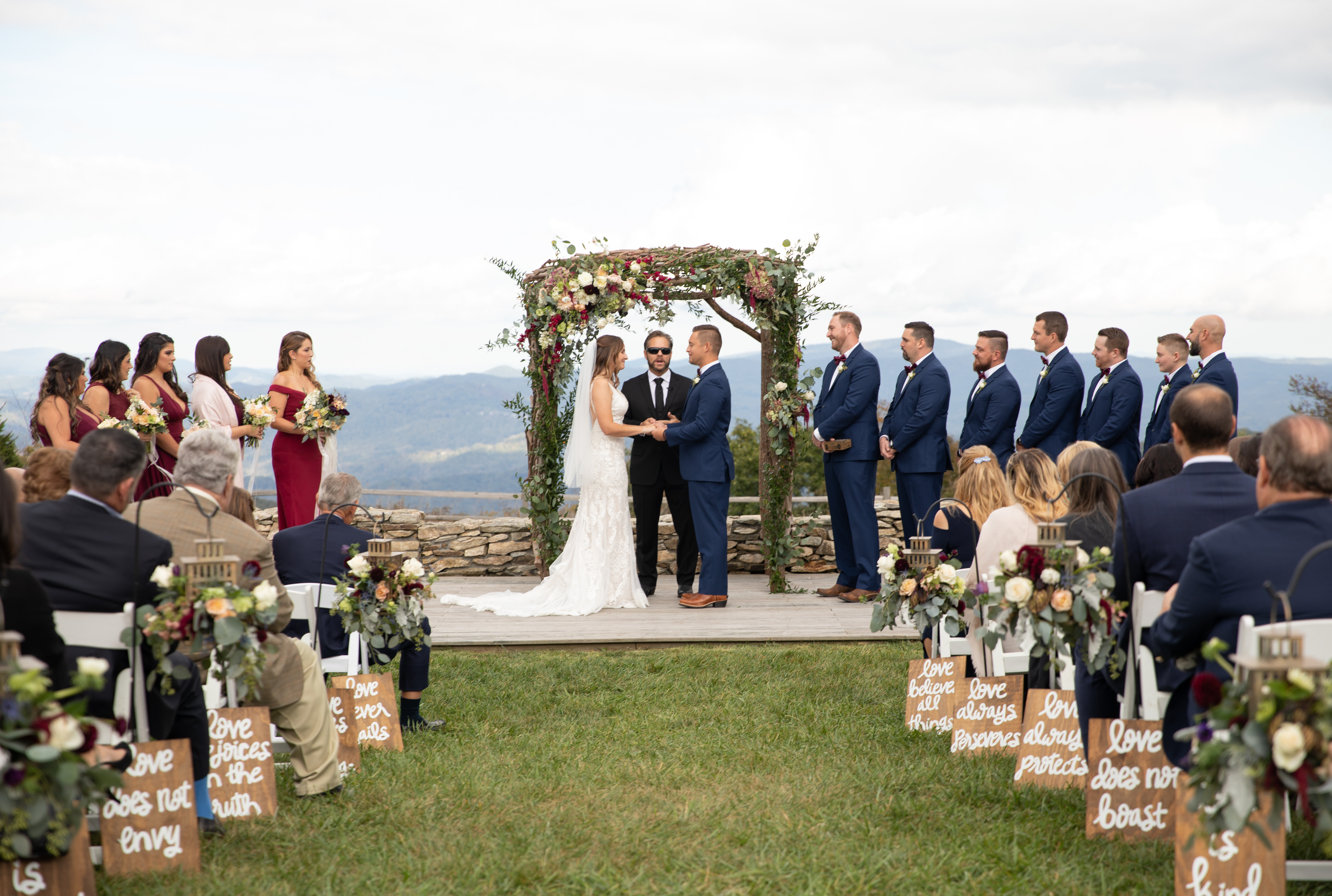 Overlook Barn Weddings