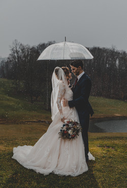 Rainy wedding laurel ridge country club