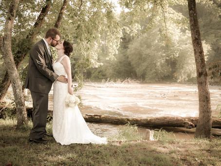 Bryson City Wedding:  Hemlock Inn