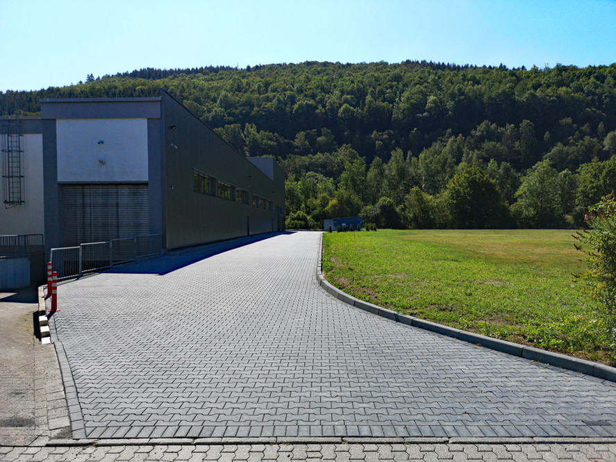 AGST Draht & Biegetechnik Aktuelles Juli Pflasterung