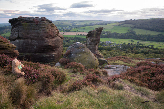Froggatt Edge and the lost dog