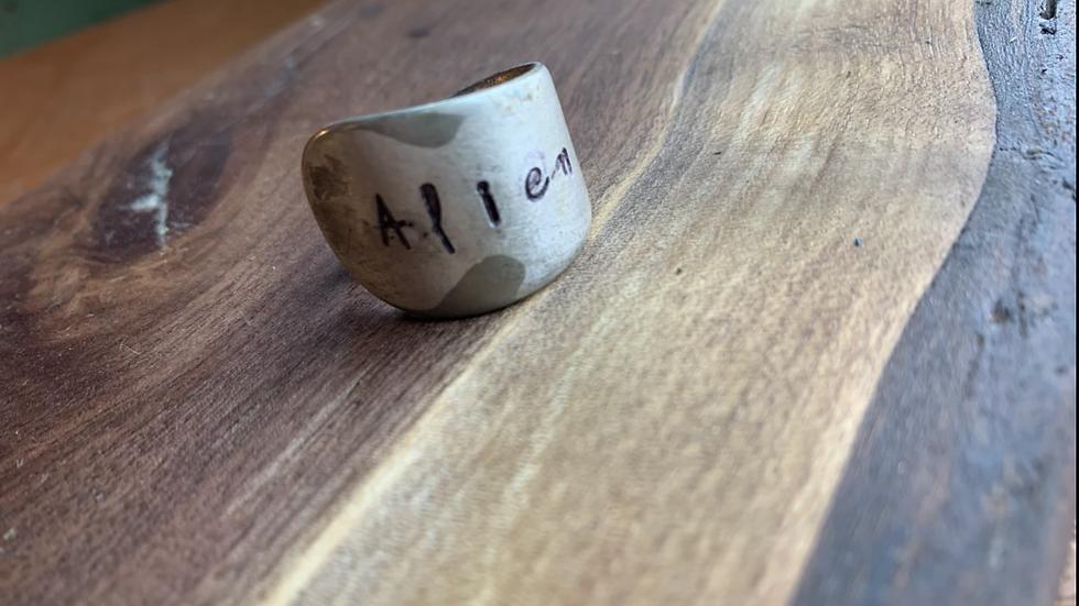 Alien spoon ring