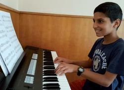 Nathaël en cours de clavier