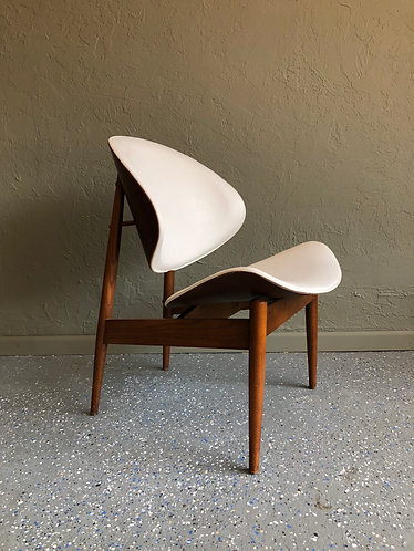 Kodawood Lounge Chair