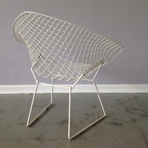 white knoll bertoia diamond chair mid century modern. Black Bedroom Furniture Sets. Home Design Ideas