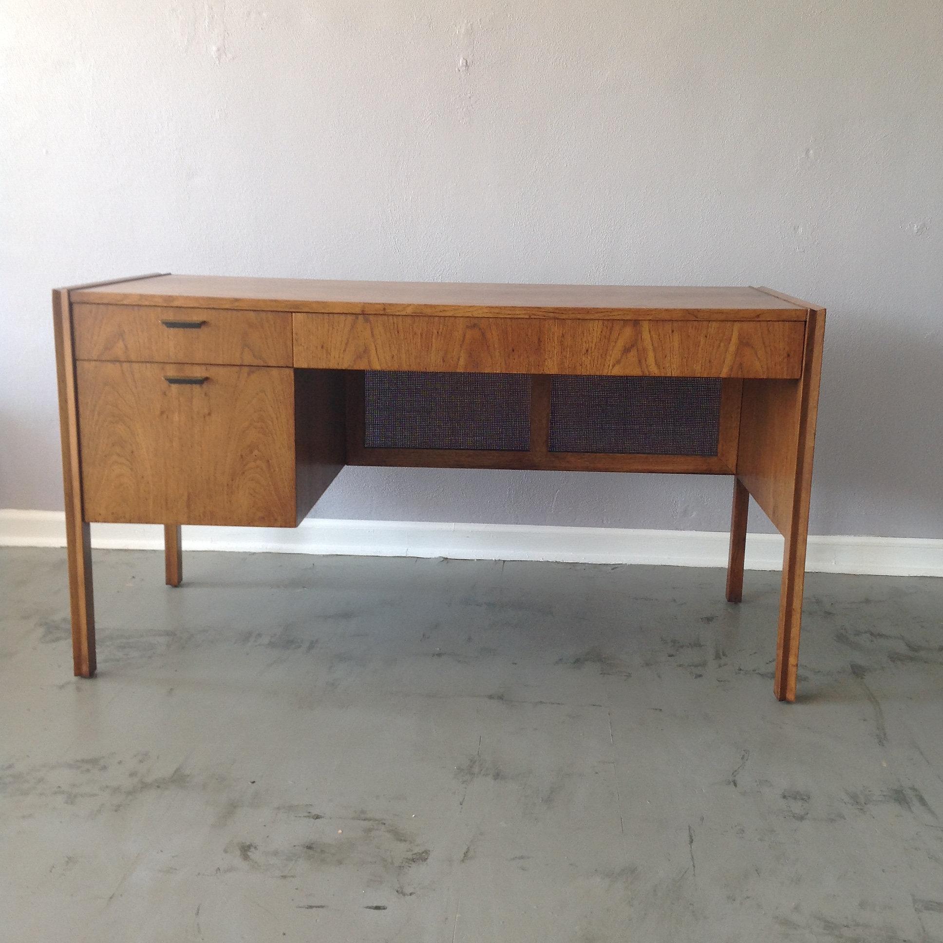 Streamline Modern Desk with Cane Modesty Screen  Mid Century Modern  Furniture St Louis Missouri Confluence. Modern Furniture St Louis Mo   penncoremedia com