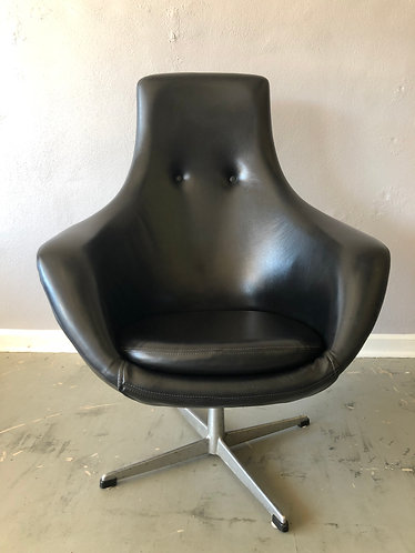 High Back Overman Pod chair
