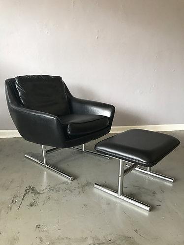 LKHielle Chair and Ottoman