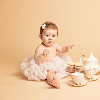 Edinburgh baby photographer cake smash first birthday 1st birthday photos scotland edinburgh