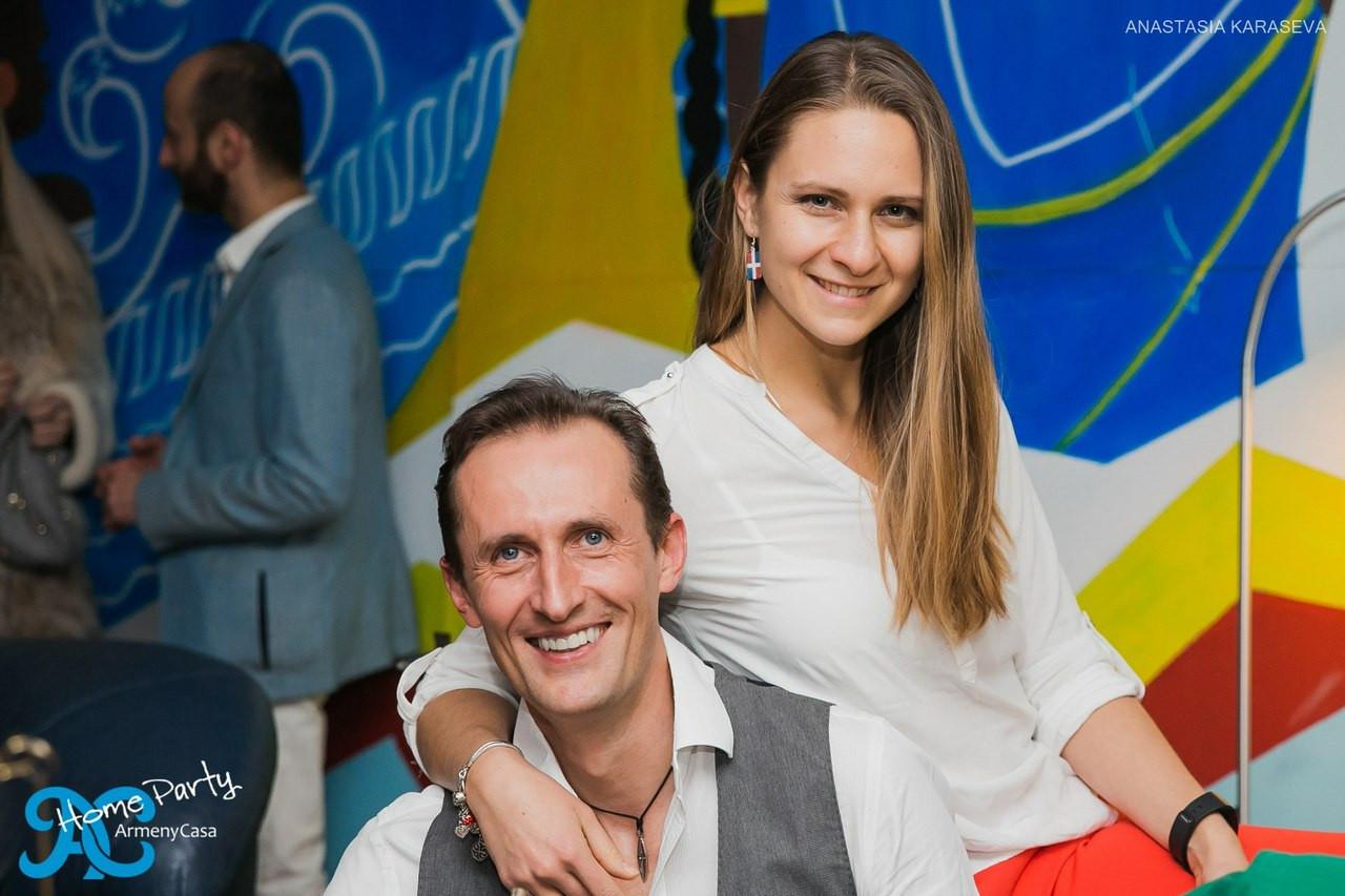 Maria & Alex BailaMar