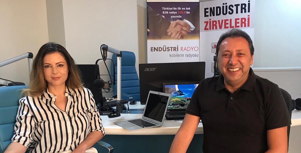 Çetin Ünsalan'ın Reel Piyasalar programına canlı yayında stüdyo konuğu olarak katılarak, teknoloji ve dijital dönüşüm süreciyle ilgili bilgi ve önerilerimizi paylaştık. Yayını Soundcloud'da yer alan Markam Sen profilimizden ya da ST Endüstri Radyo web sitesi üzerinden dinleyebilirsiniz. -17 Eylül 2019-