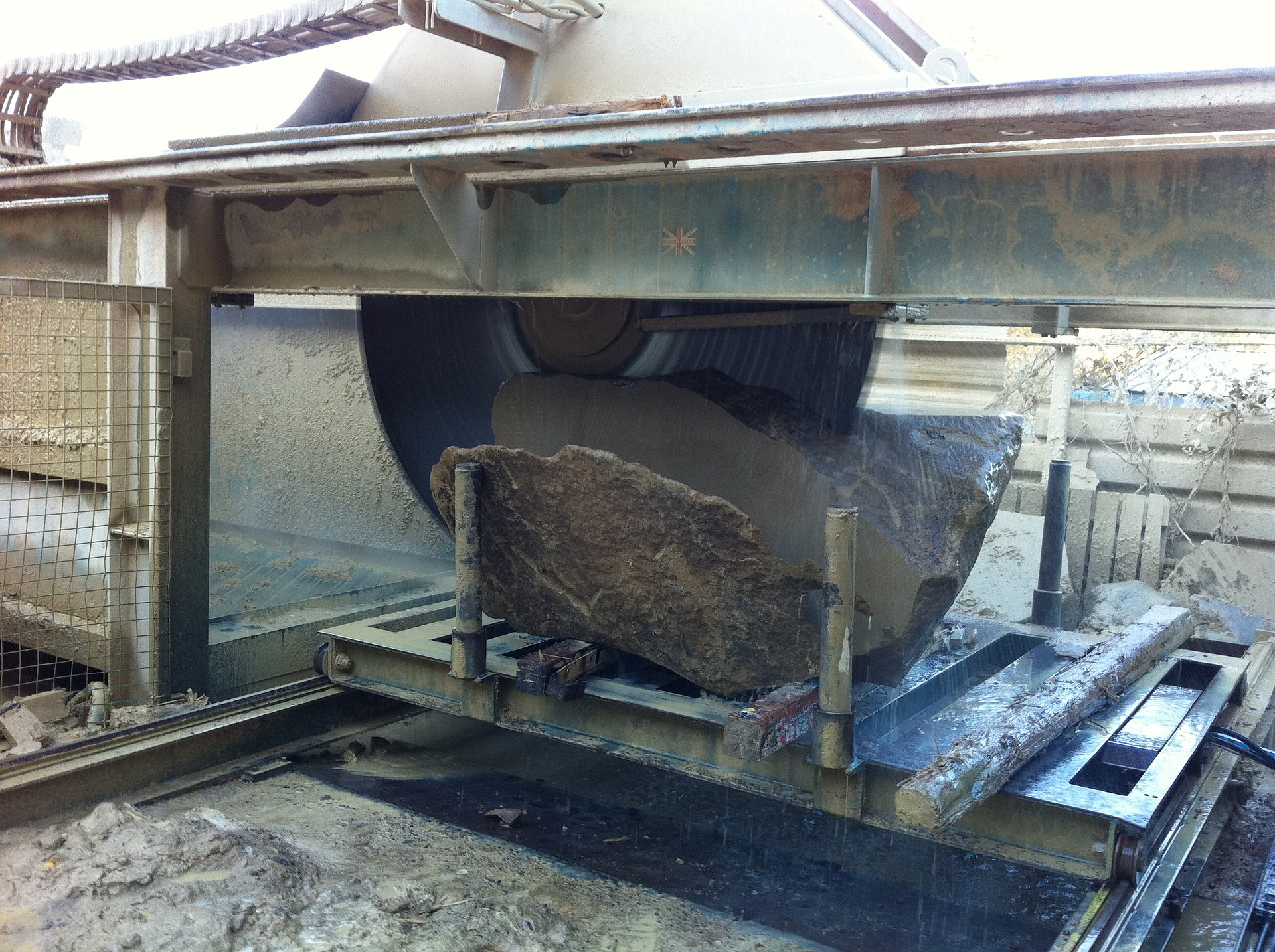 2m Wells Wellcut Primary Saw