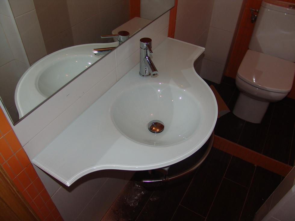 lavabo44.jpg