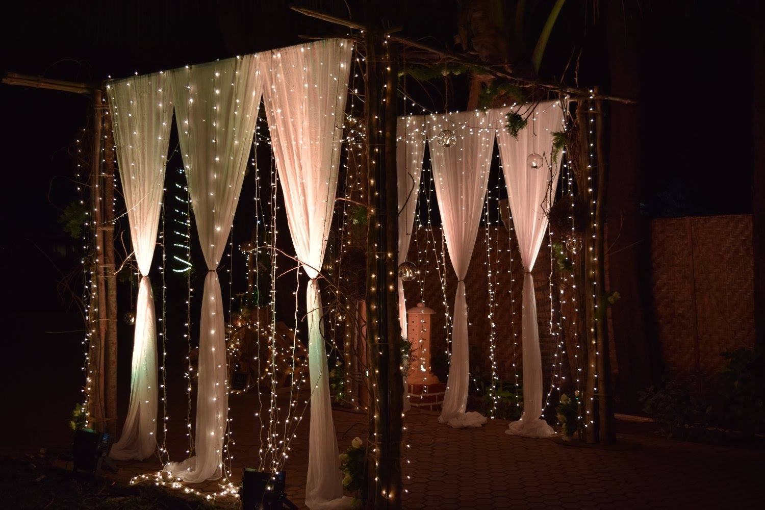 Saying it all with fairy lights!