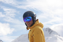 Jan, private ski instructor in the Davos-Klosters Mountains will improve your skiing.