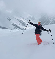 Iona Hindes, private ski instructor for Ben&Joe's, private ski and snowboading lessons in Klosters and Davos enjoying some back country skiing on her day off, skiing with Iona is always fun for kids and adults. She has been skiing in the Davos-Klosters mountains since childhood. Book Iona for a private ski lesson!
