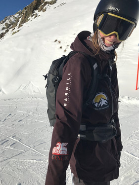Charlotte, private ski and snowboard instructor in the Davos-Klosters Mountains