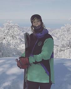 Charlotte, privat Ski und Snowboard Lehrerin für Ben&Joe's in den Klosters-Davos Mountain ist gut bereist und hat viel Erfahrung, ober Anfänger, Fortgeschritten. Skifahren und snowboarden. Buchen Sie Charlotte für eine private Ski oder Snowboard Lektion