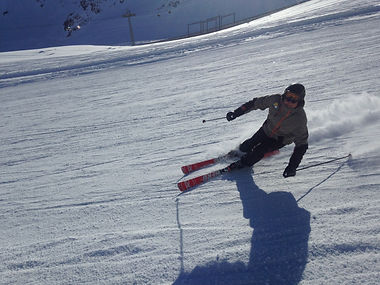 Koni, private ski instructor for Ben&Joe's, private ski and snowboarding lessons knows the area really well, the best restaurants, will you make a better skier and you will have interesting conversations! Book Koni for a private ski lesson!