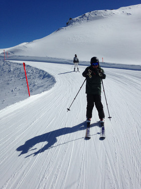 Wim, private ski and snowboard instructor in Davos-Klosters can also take you off piste (Yes please!!).