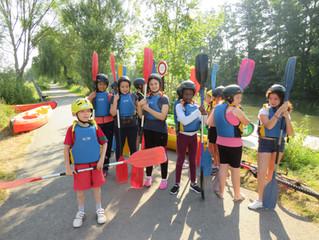On a fait du canoë et du kayak à l'école.
